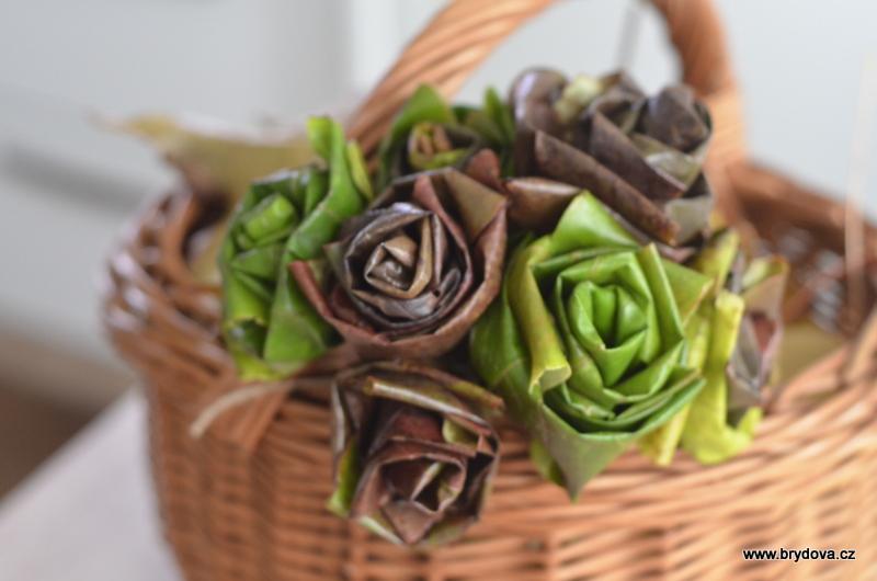 Růže z listí