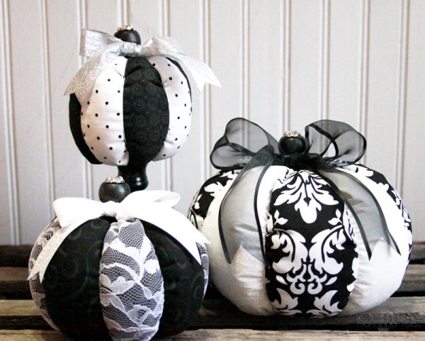 Black-and-White-Fabric-Pumpkins